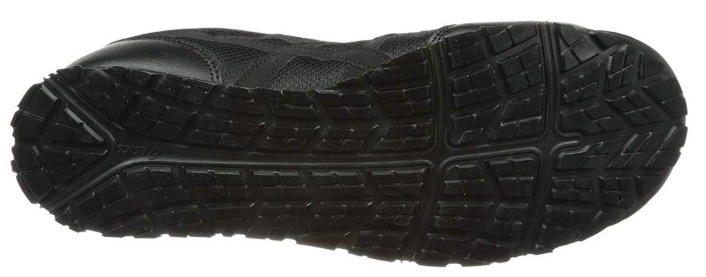 アシックスの安全靴CP201は油でも滑りにくいアウトソール